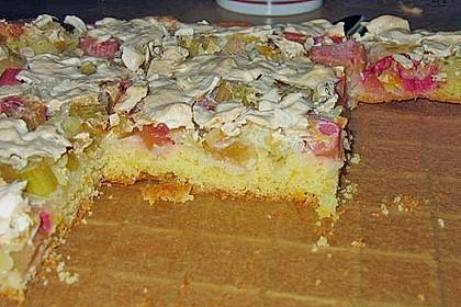 Rhabarberkuchen mit Nussbaiser 23