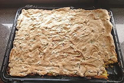 Rhabarberkuchen mit Nussbaiser 24