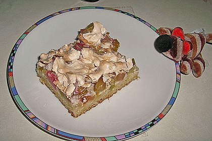 Rhabarberkuchen mit Nussbaiser 12