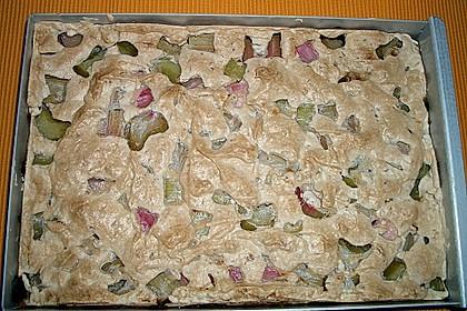 Rhabarberkuchen mit Nussbaiser 18