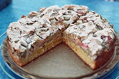 Rhabarberkuchen mit Nussbaiser 4
