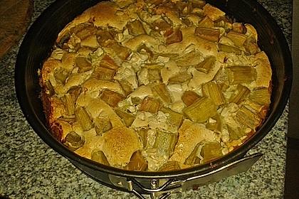 Rhabarberkuchen mit Nussbaiser 16