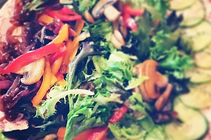 Bunter Salat 30