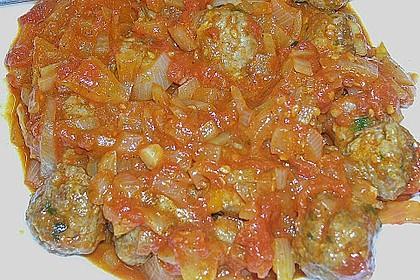 Albondigas in Tomatensauce 78