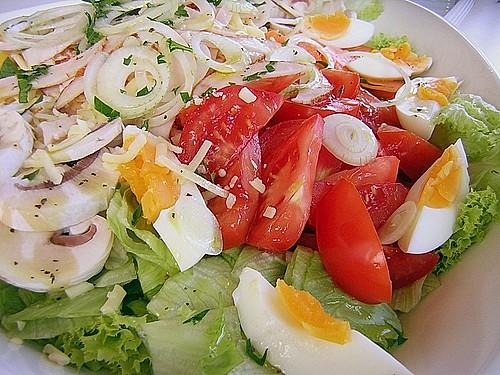 italienischer salat mit scamorza vegetarisch rezepte suchen. Black Bedroom Furniture Sets. Home Design Ideas