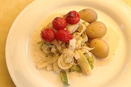 Fischfilet-Gratin mit Porree und Tomaten 5
