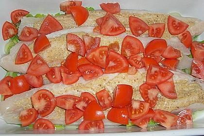 Fischfilet-Gratin mit Porree und Tomaten 22