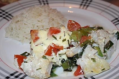 Fischfilet-Gratin mit Porree und Tomaten 26
