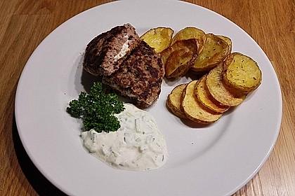 Beefsteaks mit Schafskäse 32