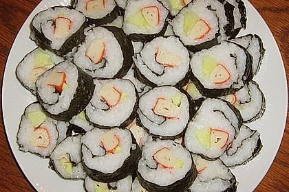 Leckere Maki - Sushi mit Surimi 1