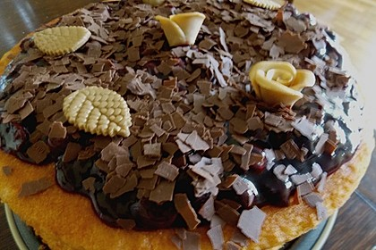 Windbeutel-Torte 78