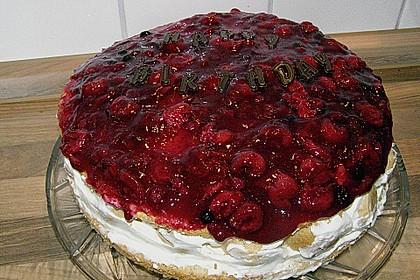 Windbeutel-Torte 107