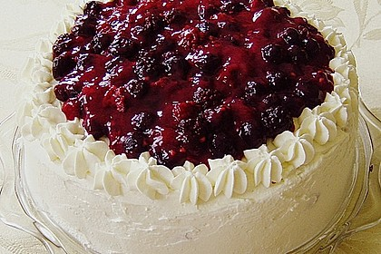 Windbeutel-Torte 11