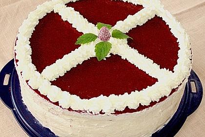 Windbeutel-Torte 25