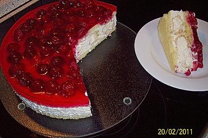 Windbeutel-Torte 32