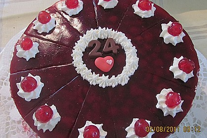 Windbeutel-Torte 14