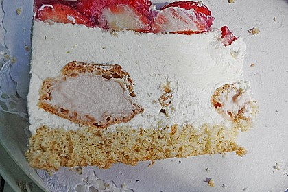 Windbeutel-Torte 96