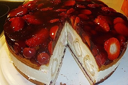 Windbeutel-Torte 4