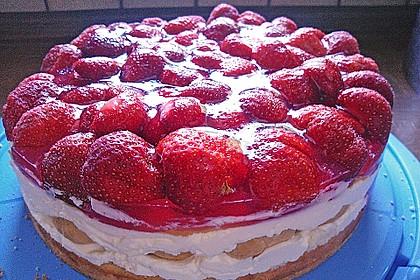 Windbeutel-Torte 47