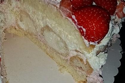 Windbeutel-Torte 137