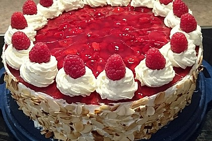 Windbeutel-Torte 5