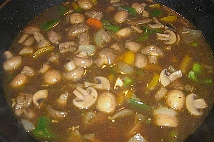 Asia - Hähnchenbrust in pikanter Gemüse - Sauce 14