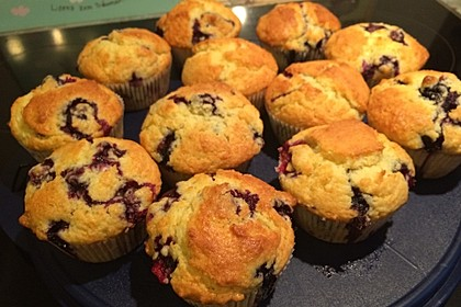 Mile high Blueberry Muffins 17