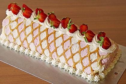 Biskuitrolle mit Erdbeer - Quark - Fülle 1