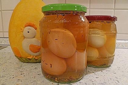 Eingelegte Eier mit Kräutern 10