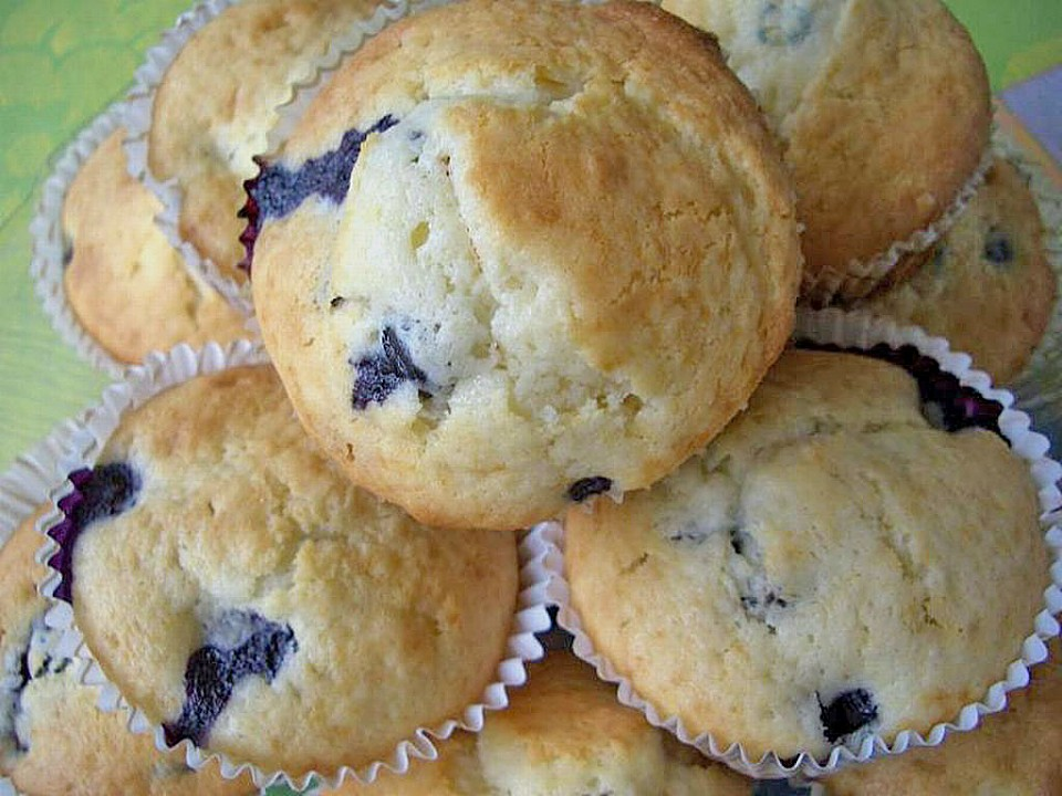 Blueberry And White Chocolate Muffins Recipes — Dishmaps