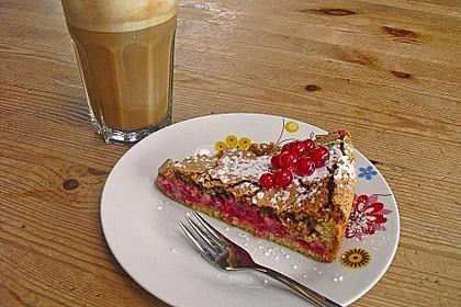 Rhabarber- oder Träubleskuchen mit Haselnussbaiser nach Großmutters Art 3