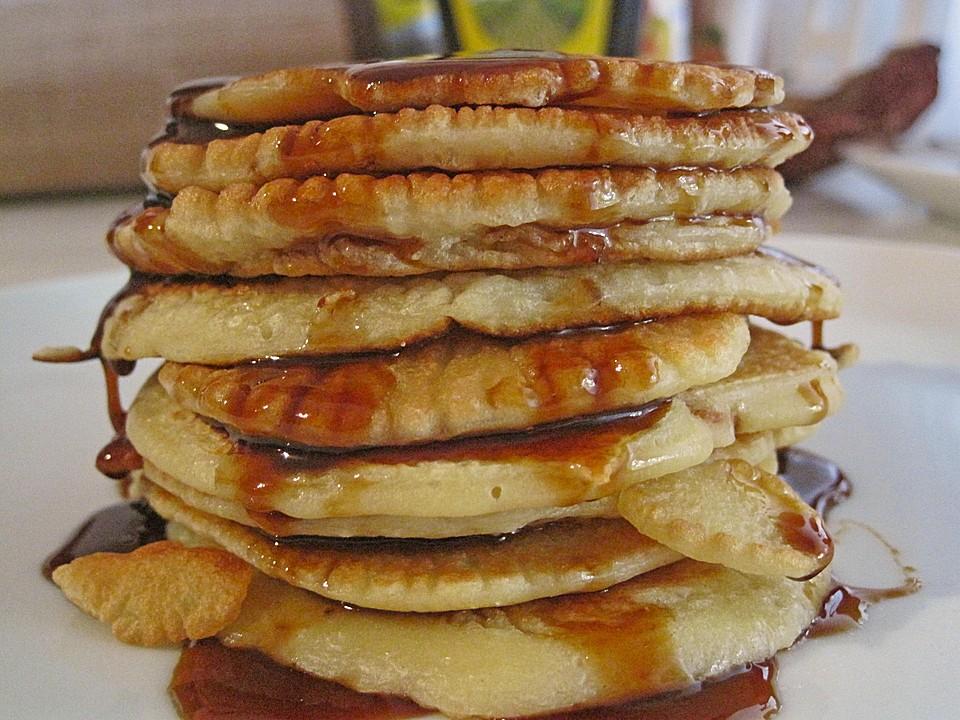 pancakes mit ged nsteten pfeln und ahornsirup rezept mit bild. Black Bedroom Furniture Sets. Home Design Ideas