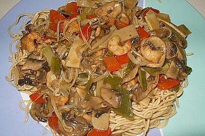 Asiapfanne mit Reis und Garnelen 5