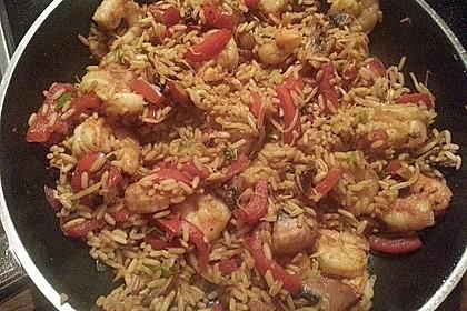 Asiapfanne mit Reis und Garnelen 7