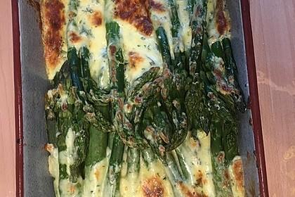 Albertos grüner Spargel mit Parmesancreme 37