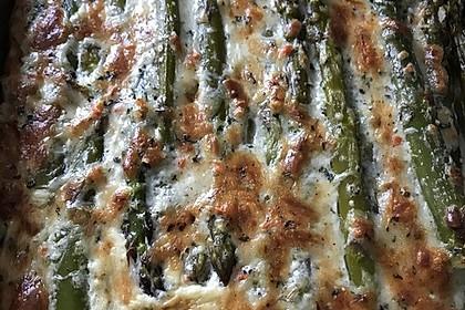 Albertos grüner Spargel mit Parmesancreme 39