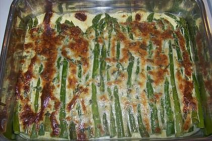 Albertos grüner Spargel mit Parmesancreme 52