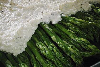 Albertos grüner Spargel mit Parmesancreme 63