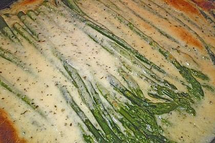 Albertos grüner Spargel mit Parmesancreme 70