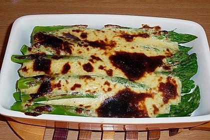 Albertos grüner Spargel mit Parmesancreme 50