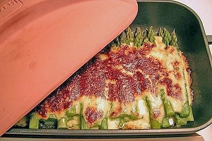 Albertos grüner Spargel mit Parmesancreme 6