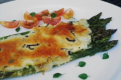 Albertos grüner Spargel mit Parmesancreme 2