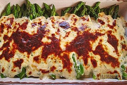 Albertos grüner Spargel mit Parmesancreme 23