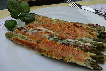 Albertos grüner Spargel mit Parmesancreme 4