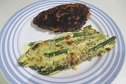 Albertos grüner Spargel mit Parmesancreme 57