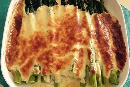 Albertos grüner Spargel mit Parmesancreme 28