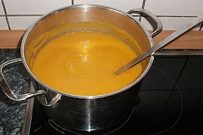 Feine Karottensuppe 11
