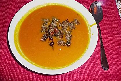 Kürbis - Möhren - Suppe 2