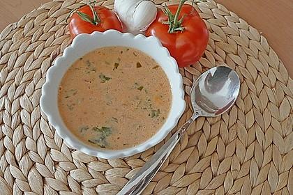 Cremige Tomatensuppe mit Kokosmilch 11