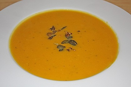 Cremige Tomatensuppe mit Kokosmilch 30